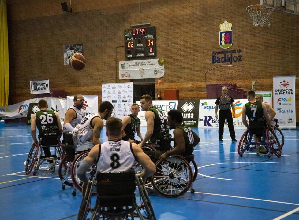 Imagen de un partido de la primera jornada.